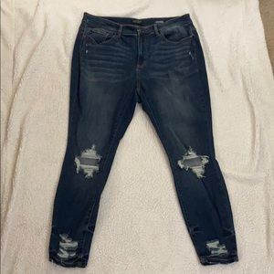 Judy Blue Skinny Fit Distressed Light Denim Jean